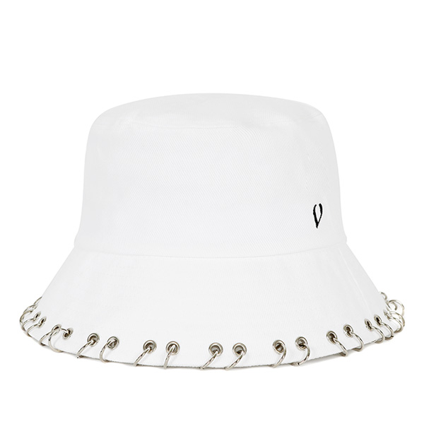 BLACKLINE - RING PIERCING BUCKET HAT (WHITE)
