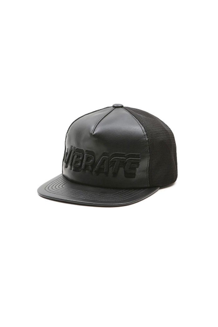 SIGNATURE NAME SNAPBACK (LEATHER MESH BLACK)