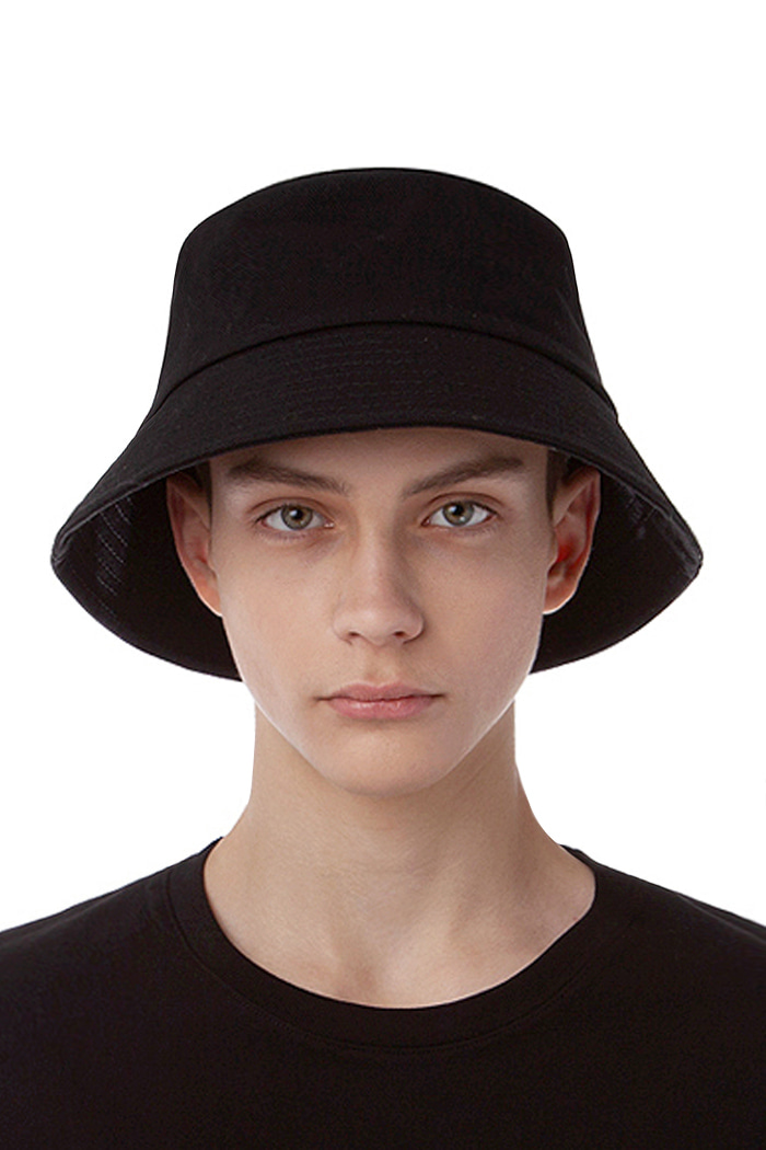 STRING POINT BUCKET HAT (BLACK)