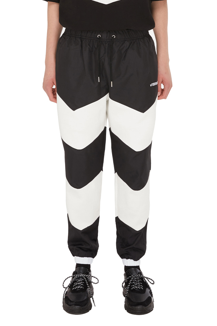 V COLOR SCHEME JOGGER PANTS (BLACK)