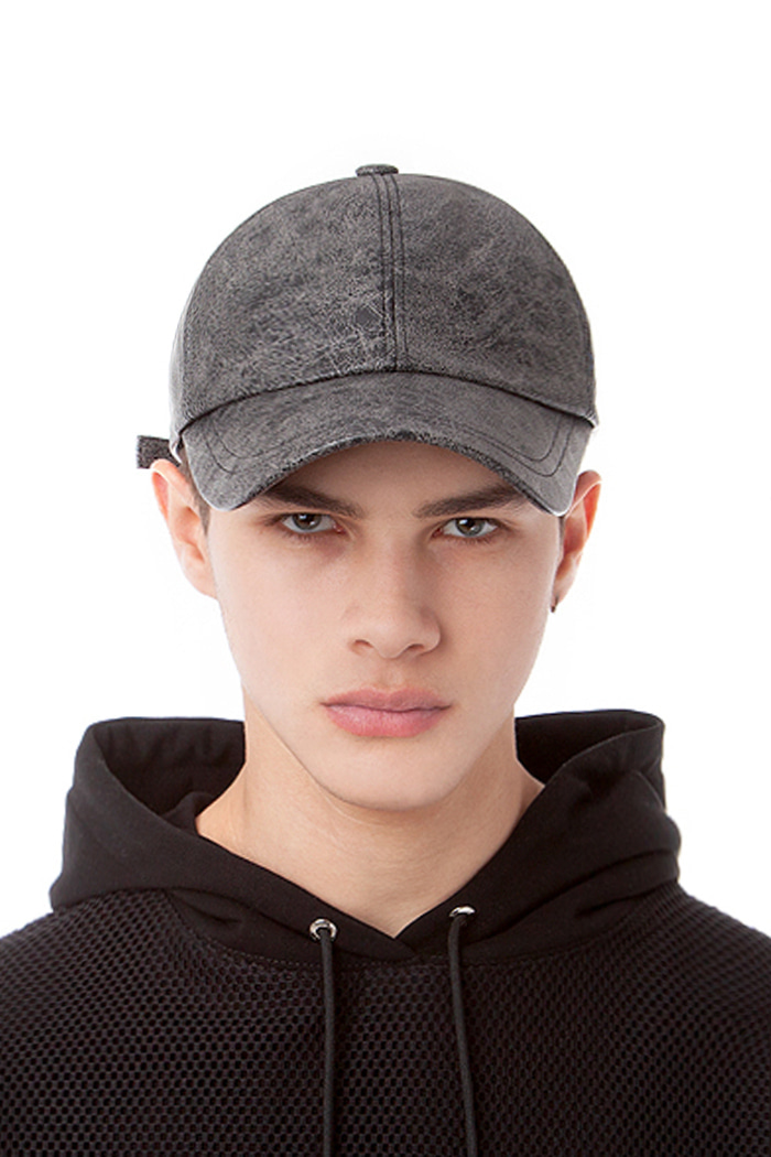 CRACKED LEATHER BALL CAP (BLACK&GRAY)