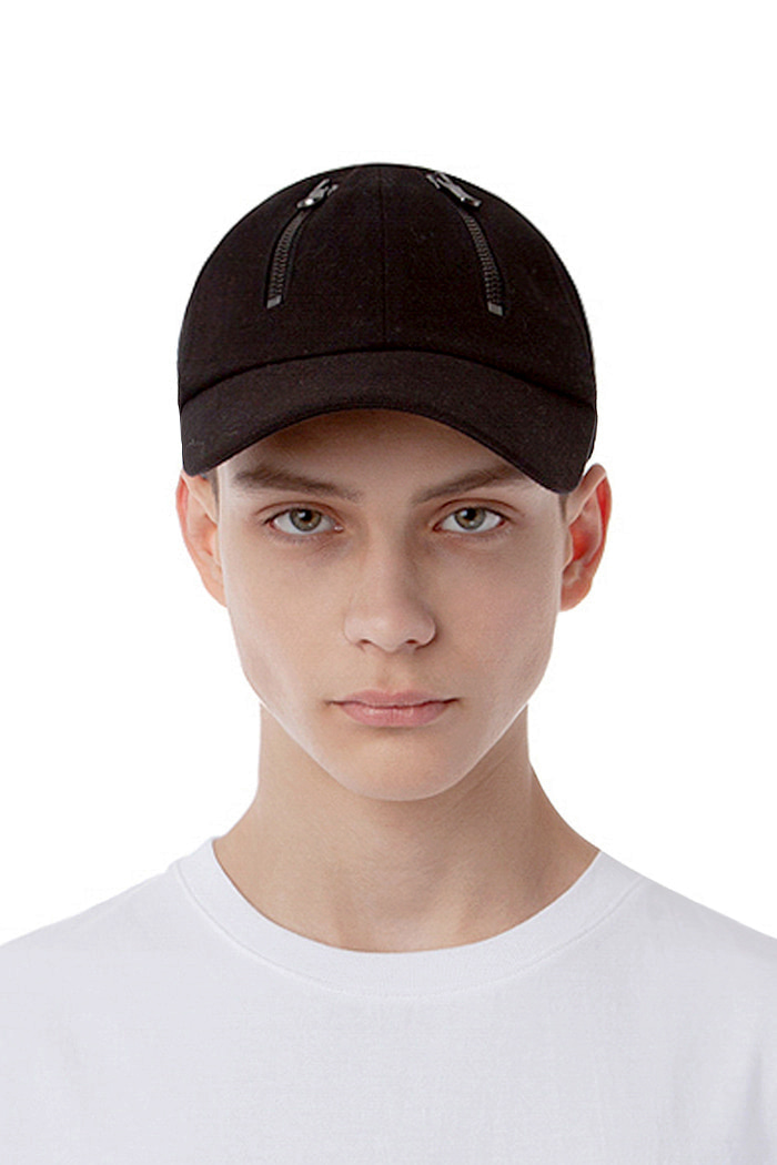 PANNEL ZIPPER CAP (BLACK)