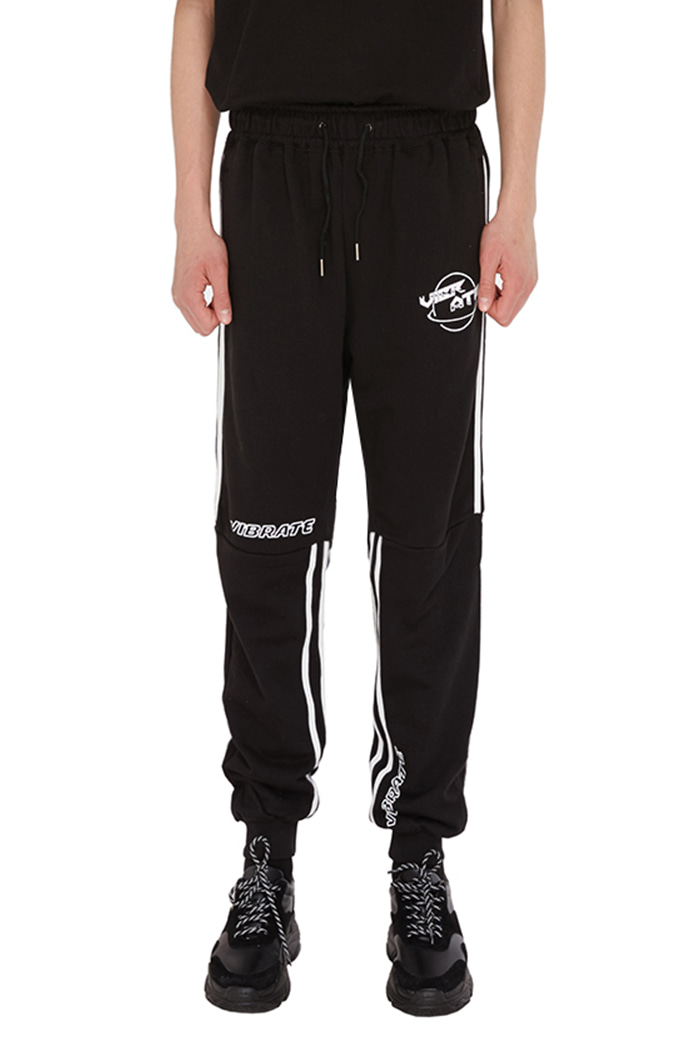 GLOBE LOGO STRIPE JOGGER PANTS (BLACK)