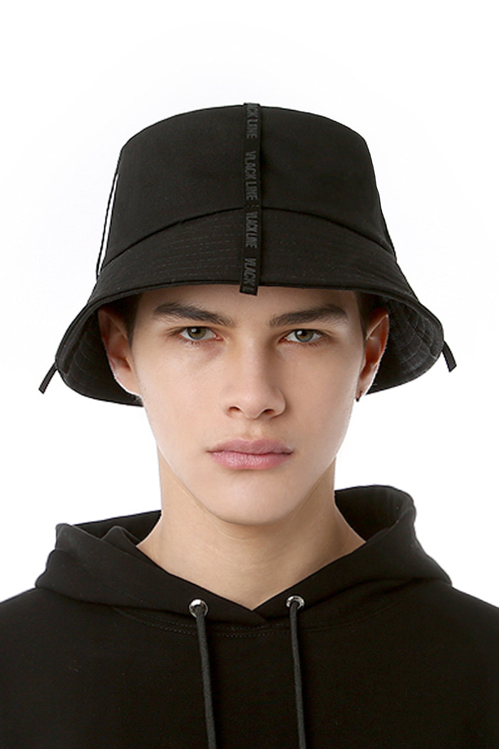 SUEDE TAPE POINT BUCKET HAT (BLACK)
