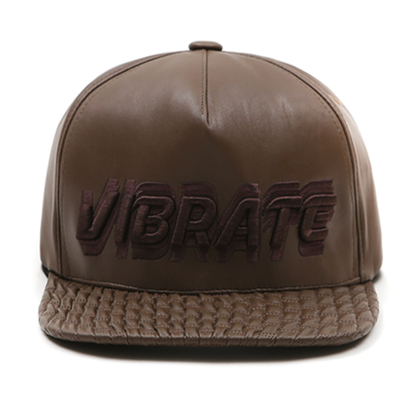 VIBRATE - SIGNATURE NAME (leather brown)