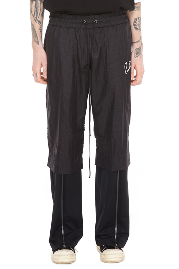 ZIP POINT WIDE PANTS (BLACK)