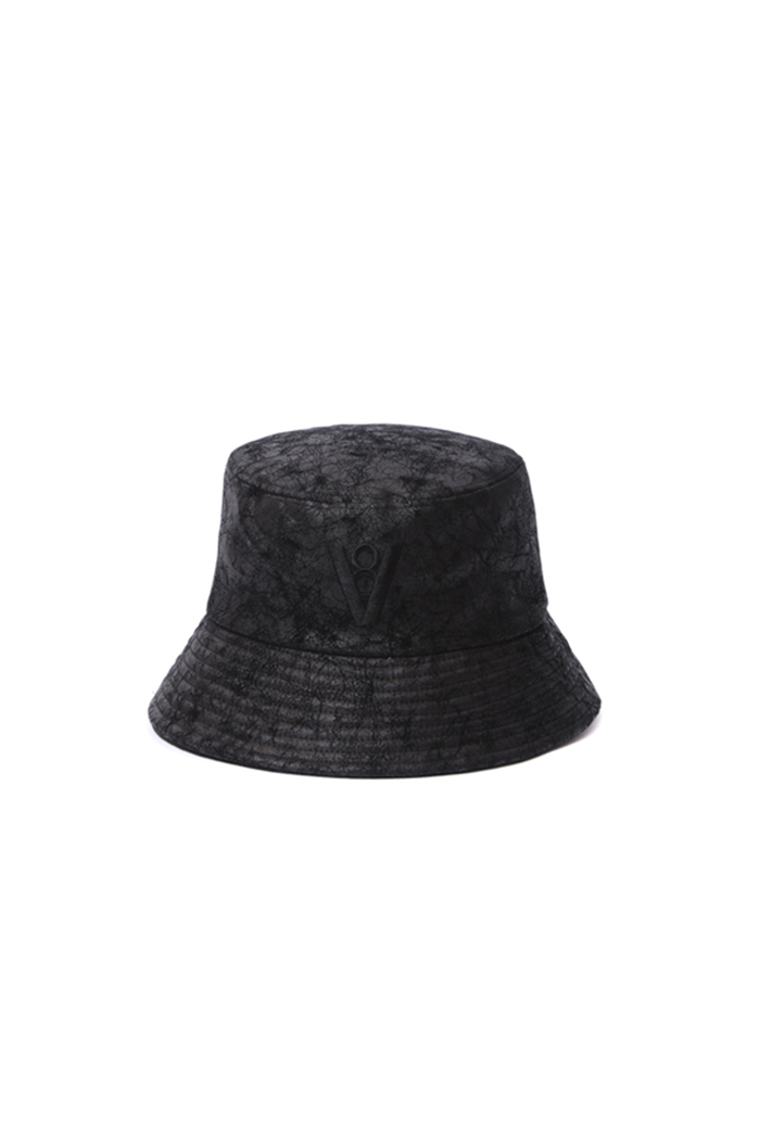CRACK LEATHER BUCKET HAT (BLACK)
