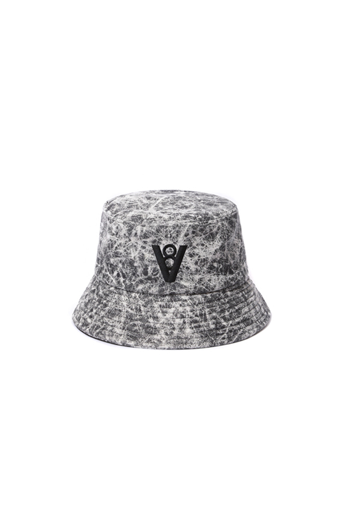 CRACK LEATHER BUCKET HAT (GRAY)