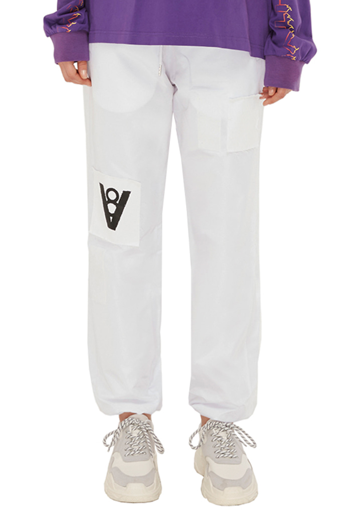 PATCH JOGGER PANTS (WHITE)
