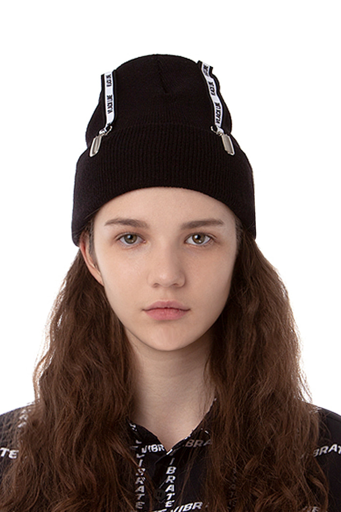 BELT POINT BEANIE (BLACK)