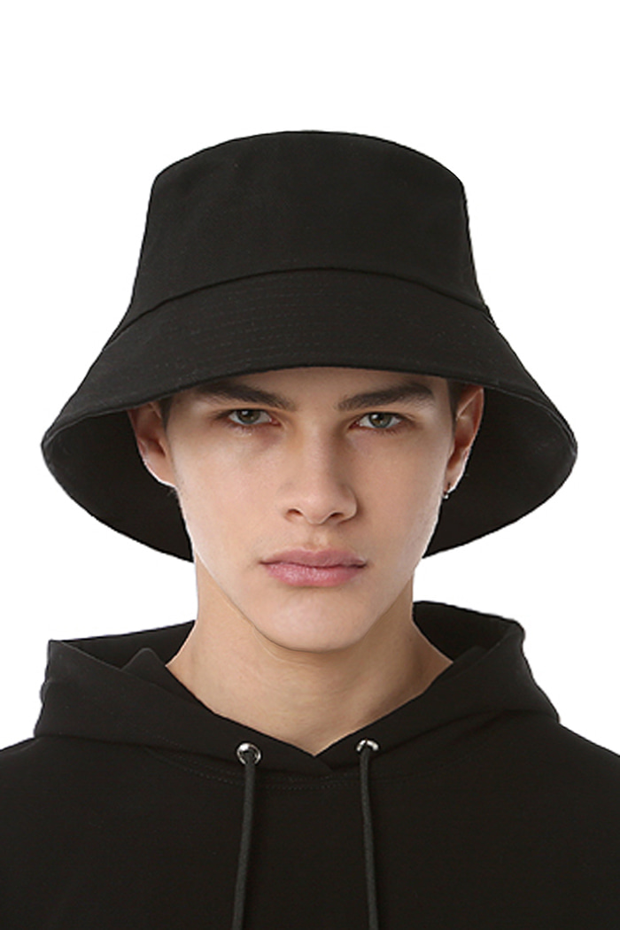 ROUNDING LOGO BUCKET HAT (BLACK)