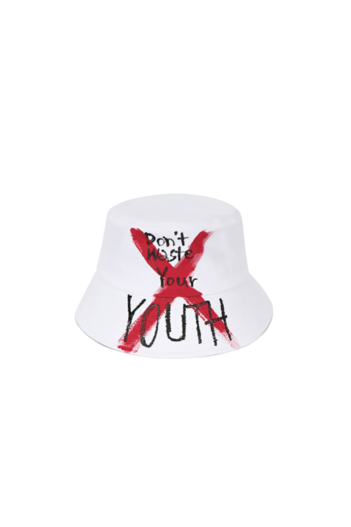 OVERDOSE GRAFFITI BUCKET HAT (WHITE)