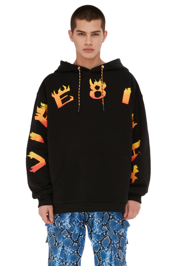 VIBE8IGHT ON CHEST HOODIE (BLACK)